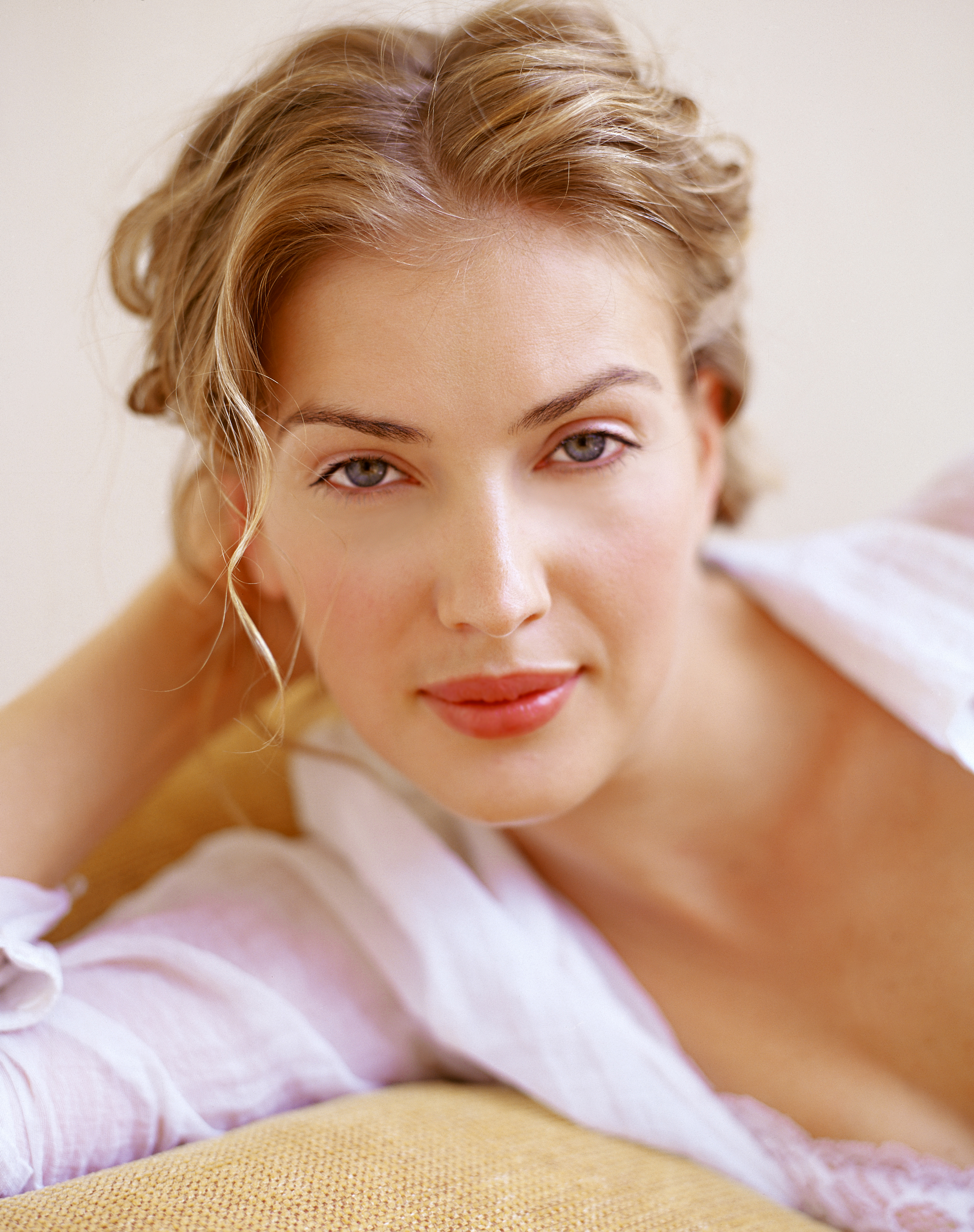 How To Do Fresh Faced Make Up Home